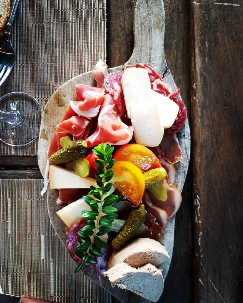 Assiette de charcuterie Corse